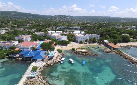 Vacances familiales en Jamaïque (2 adultes et 2 enfants)