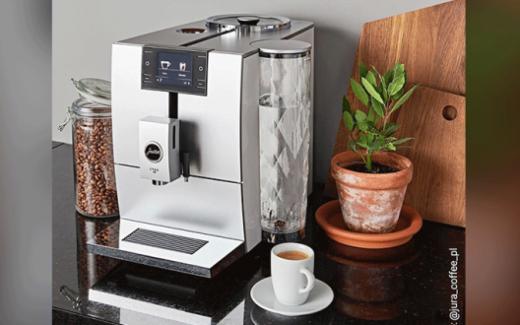 Une machine à café JURA ENA8 de 2295$