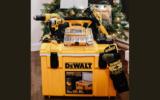 Un Ensemble cadeau d'outils DEWALT