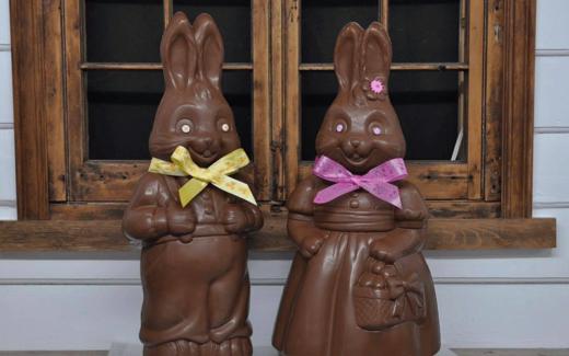4 lapins de Pâques en chocolat de 5 lbs