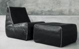 Un fauteuil et un ottoman Montauk Feather de 4600 $